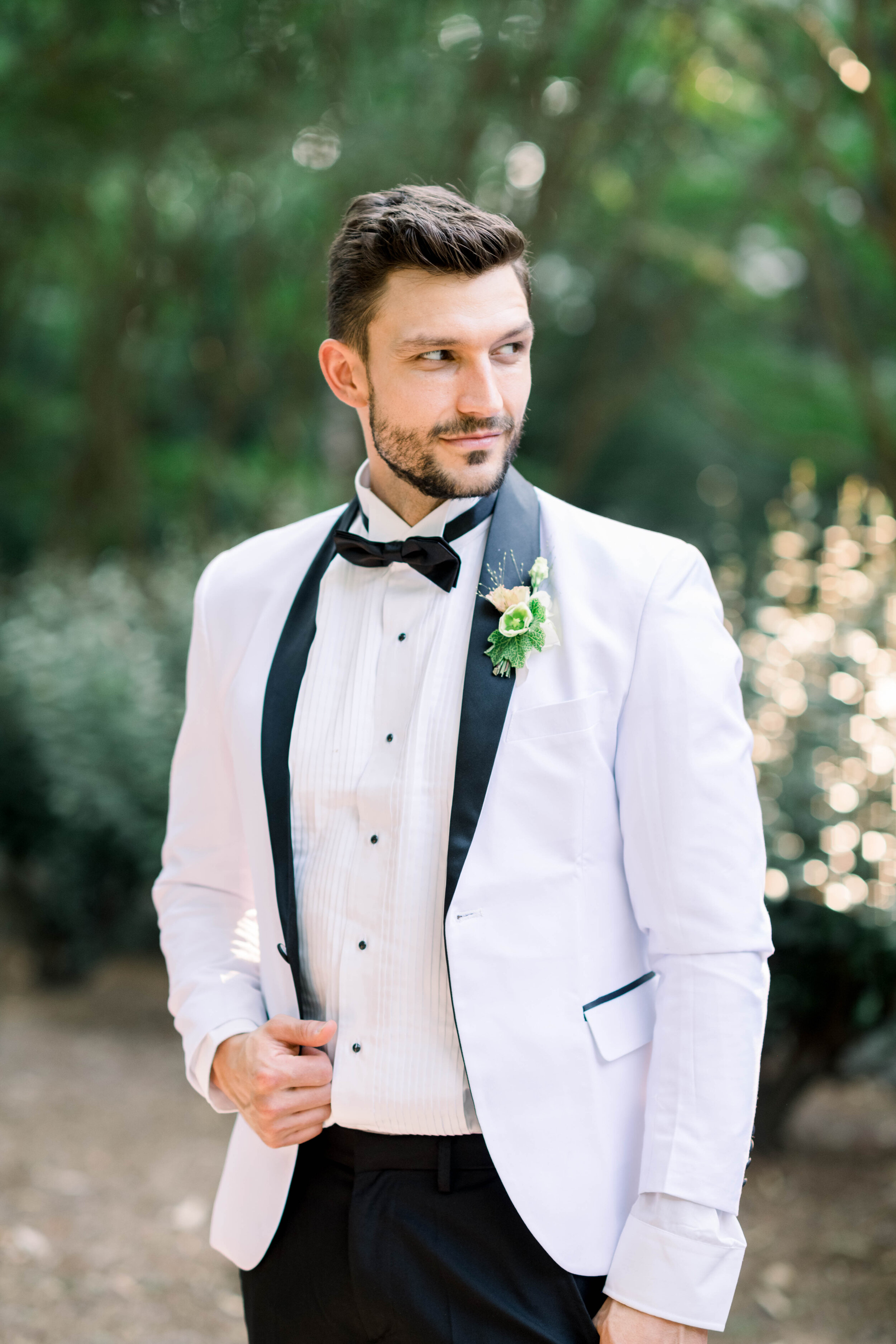fine art wedding, Atlanta wedding, swan house wedding, modern wedding, rolls Royce wedding, swan house, high neck wedding dress, white tux, groom portrait