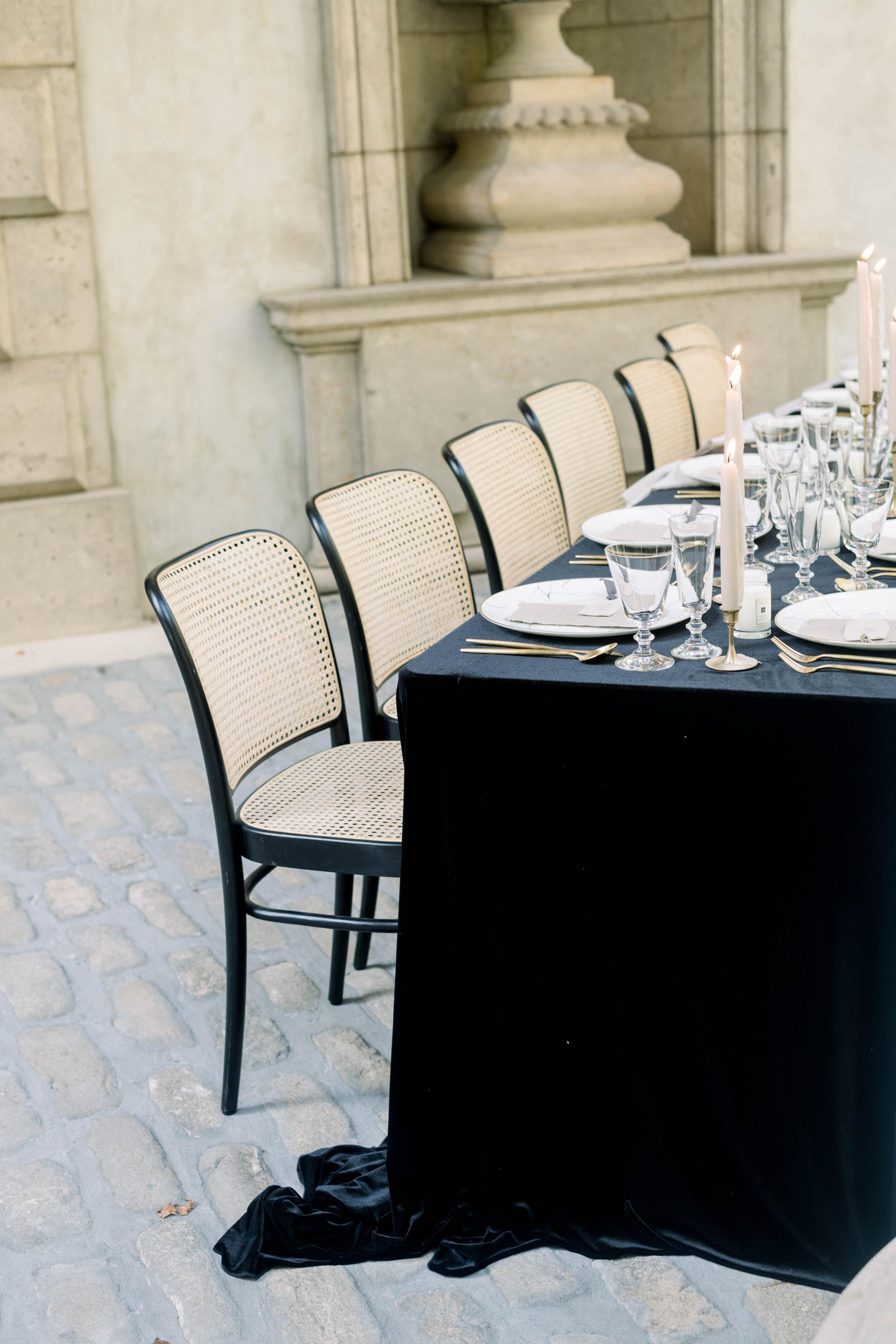 fine art wedding, Atlanta wedding, swan house wedding, modern wedding, rolls Royce wedding, swan house, high neck wedding dress, white tux, black velvet tablecloth