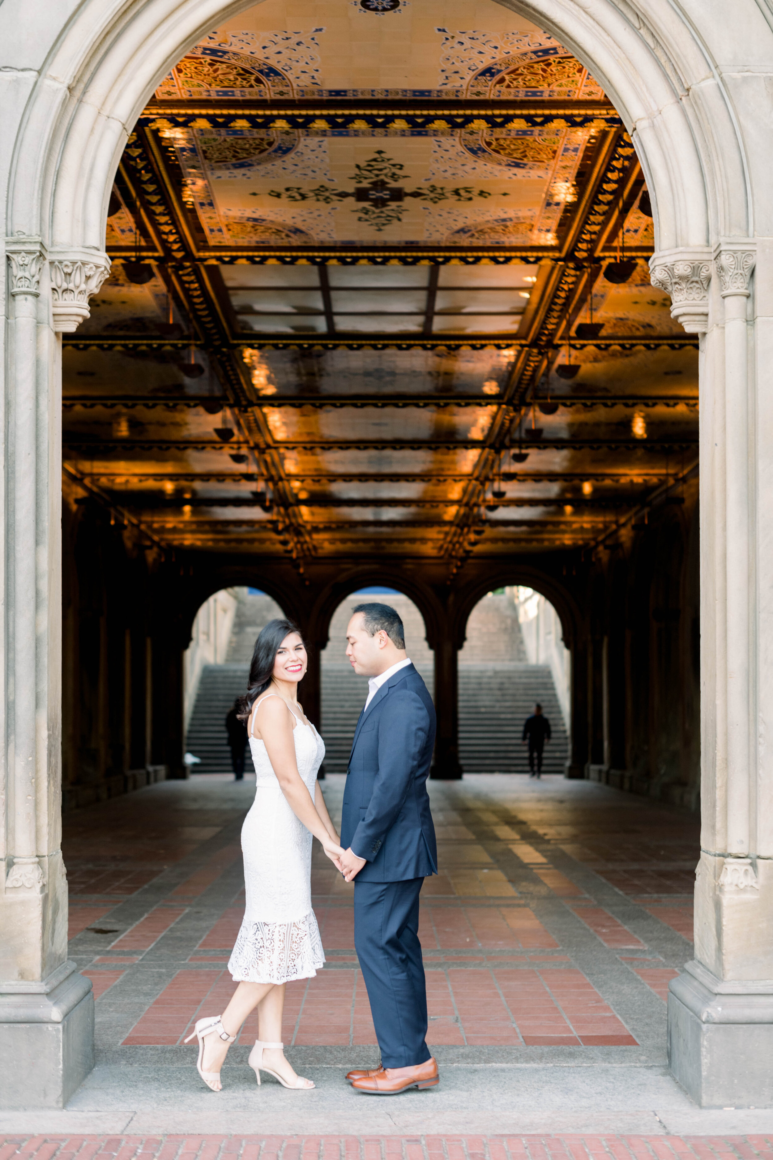 New York city+engagement+Bethesda Fountain+bethesda terrace+Manhattan+wedding+nyc+Central Park+lace dress+white bouquet+photo