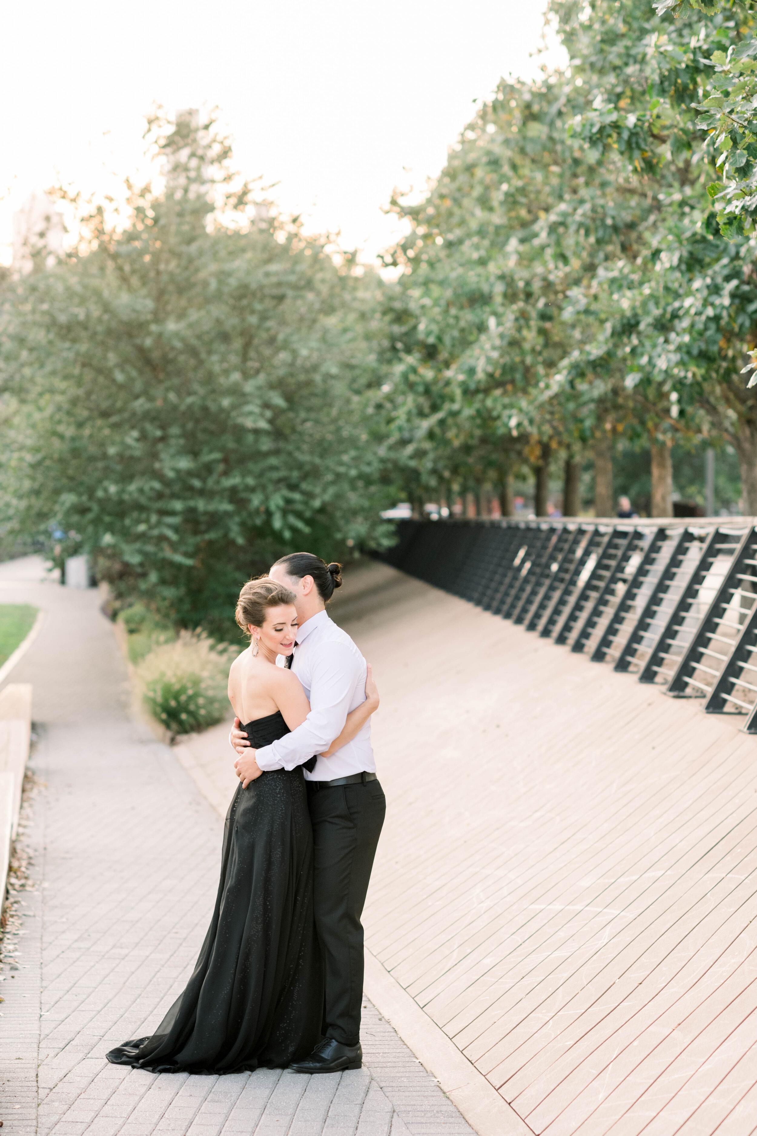 Philadelphia-sunset-engagement-shoot-race street pier--black dress-stylish couple-old city Philly-photo