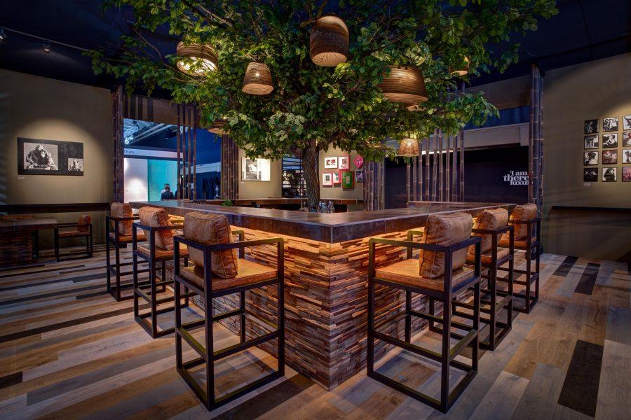 Wonderwall-Studios-Reclaimed-Recycled-Wood-Wooden-Wallpanels-Wall-panels-Wall-panelling-JFK-lounge-Parker-01-900x600.jpg