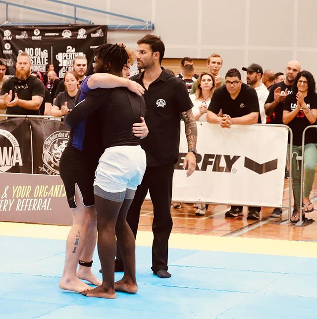 #Respect  Fighting is exhausting and emotional and the only person who really understands that is your opponent.  @hyperflyaustralia • •  #HyperflyAustralia #YCTH #YouCantTeachHeart #Hyperfly #guardiansjiujitsu #perthgym #activeinperth #perthpt #perthblogger #perthlife #sceneinperth #perthisok #perth #perthnow #perthfitness #perthfitlife #fitperthlife #perthfit #perthfamily #perthfitfam #fitperthlife #bjj  #mma #jiujitsu #brazilianjiujitsu