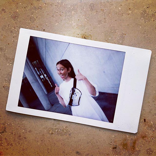 Happy happy @nanajeftic #gürteltasche #bauchtasche #fannypack #hipbag #leather #littlebag #leder #handmadeingermany #madeingermany #madeinmunich #accessories #design #style #instafashion #bags #fair #90s #streetstyle #madewell #fashiondaily #fashionaddict #minimalism #minimalfashion #unisex #fashion #deutschland #münchen