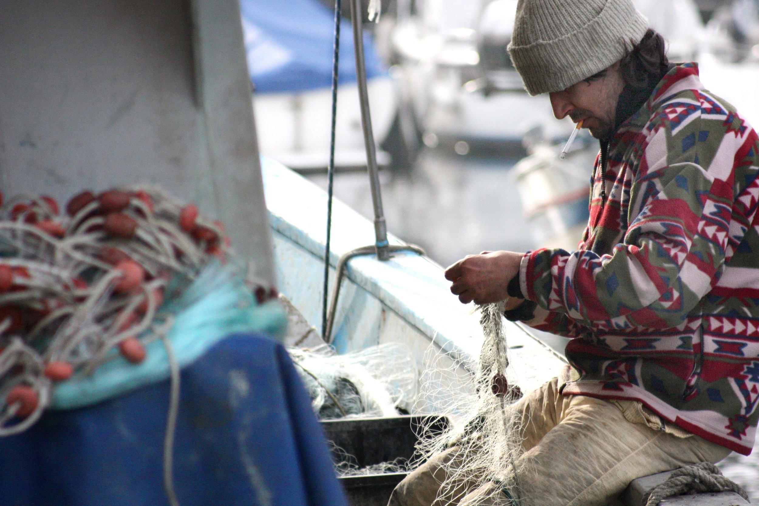 boat-fisherman-fishing-51005.jpg