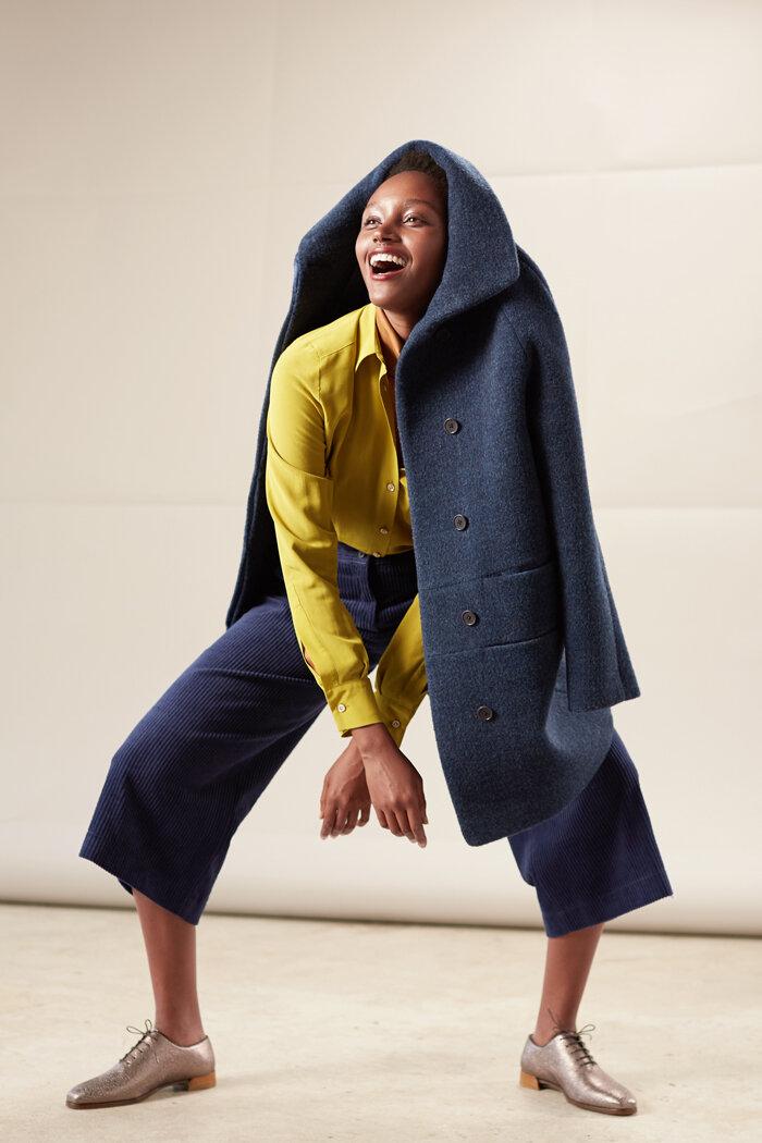Blaue Culotte aus weichem Breitcord