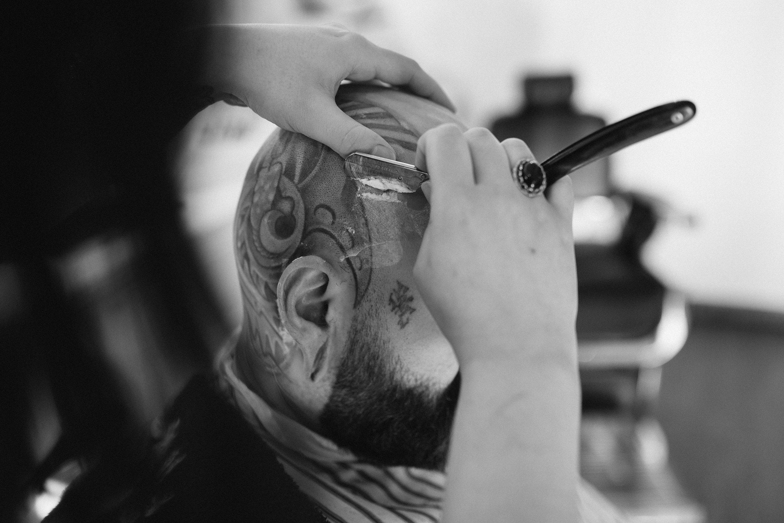 021018 - union barber 5 bw.jpg