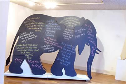 Beth+Thielen's+12+foot+elephant+NYC+2001.jpg