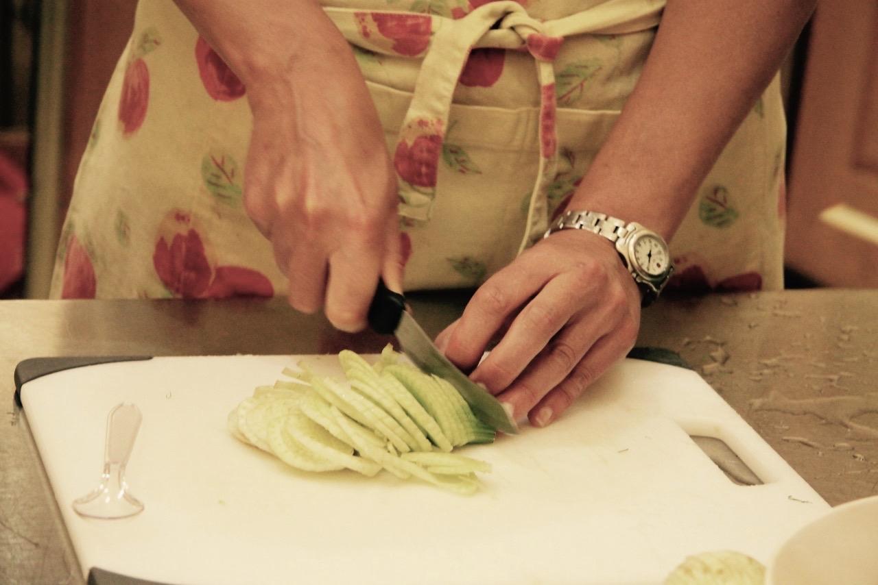 e-Italian cooking 101 hands - 2015-05-11.jpg