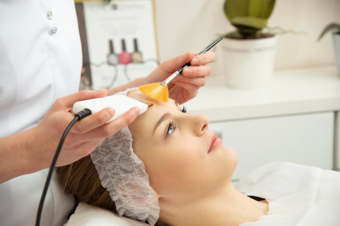 Kasvohoito_Kosmetologikeskus.jpg