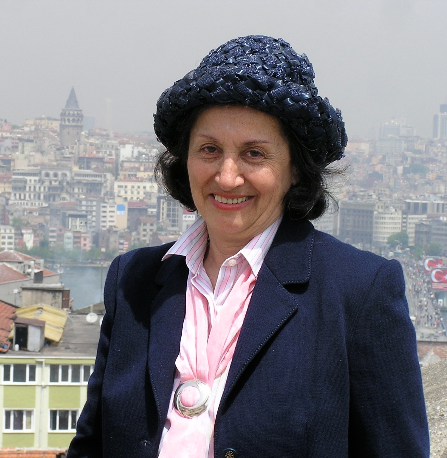 Savoring Edda's Istanbul - Edda Weissenbacher and I co-authored a guidebook of walking tours, and I wrote this article about her for Lale, a publication of the International Women of Istanbul. Edda is a brilliant, amazing woman, and I'm thankful to have shared this collaboration with her.Click here to read the article.