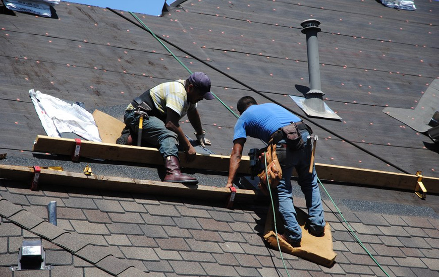 ROOF-MAINTENANCE-IN-Spring, Tx
