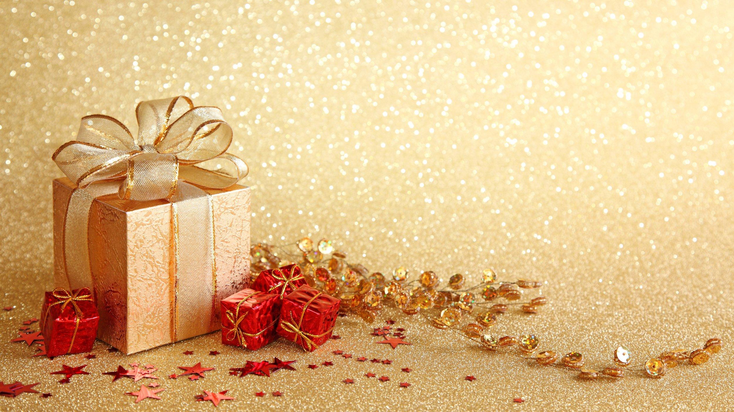 5500x3094-1368906-gift.jpg