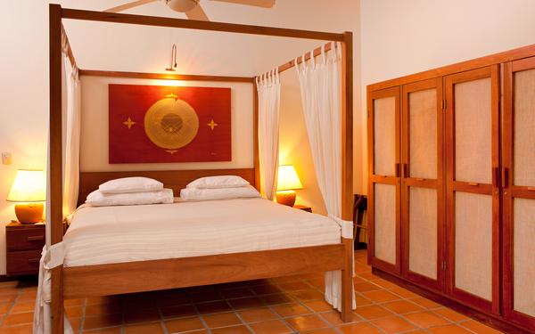 Fourbedroom suite 03.jpg