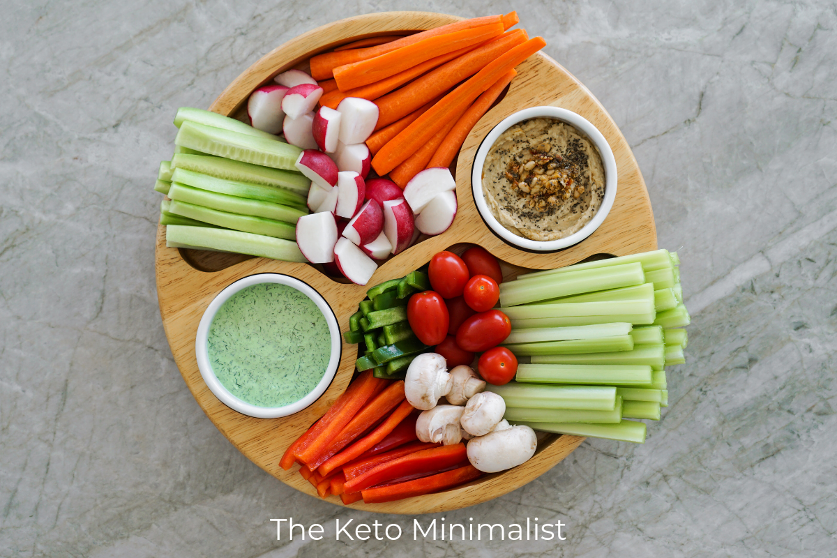 10 Keto Travel Snacks You Can Take Right On The Plane | The Keto Minimalist