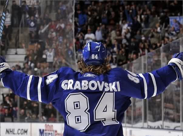Here's a #throwback in honour of tonight's game. Living in Toronto makes me miss it. Good luck tonight @mapleleafs 👊🏻