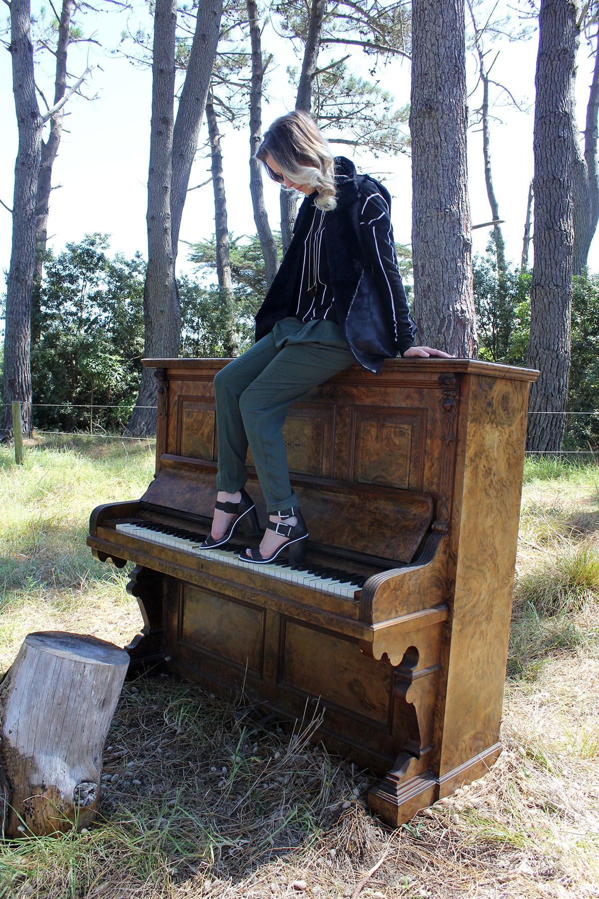 muriwai-piano4.jpg