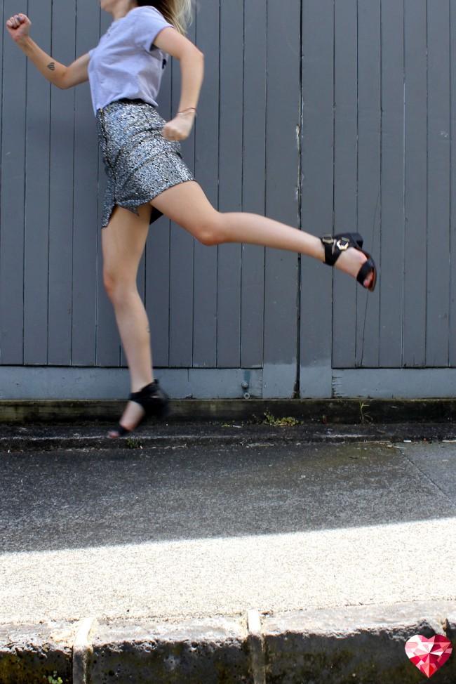 boohoo-sequin-skirt2-650x974.jpg