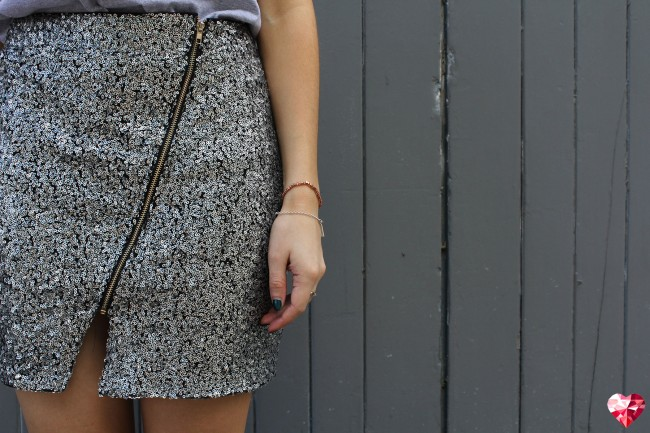 boohoo-sequin-skirt-650x433.jpg