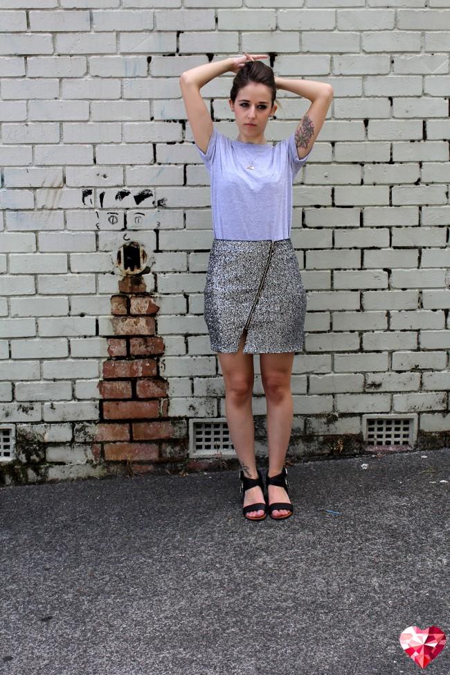 boohoo-sequin-skirt3-650x974.jpg
