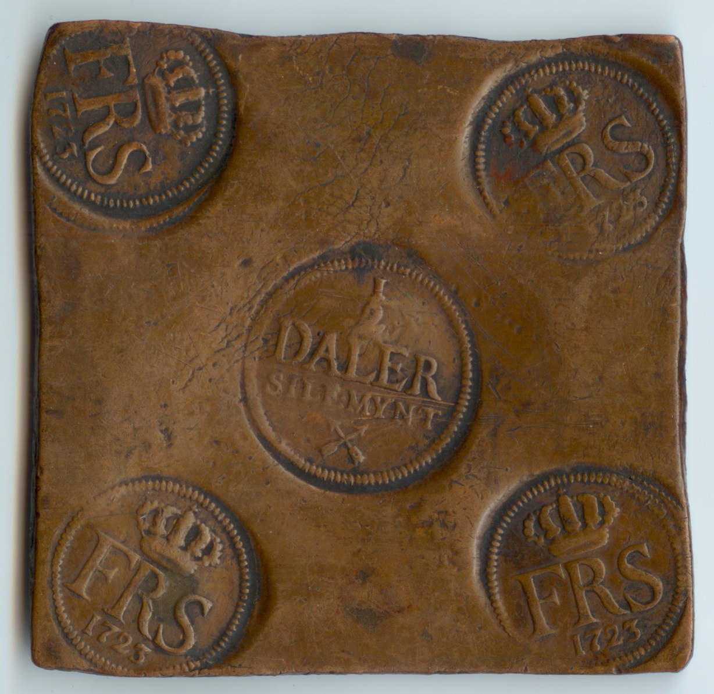 En halv daler silvermynt, präglat 1723.
