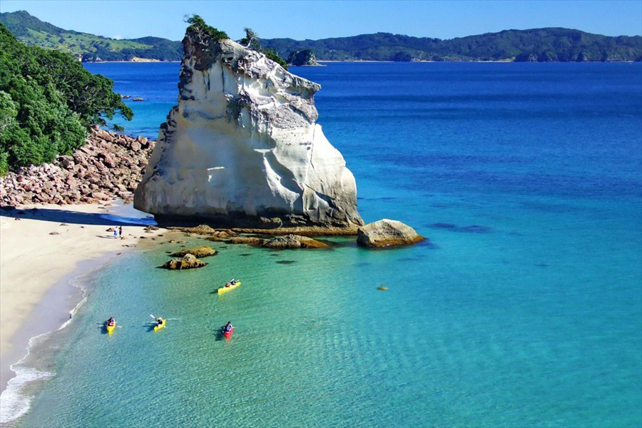 Cathedral-Cove-Kayak-Tours.jpg