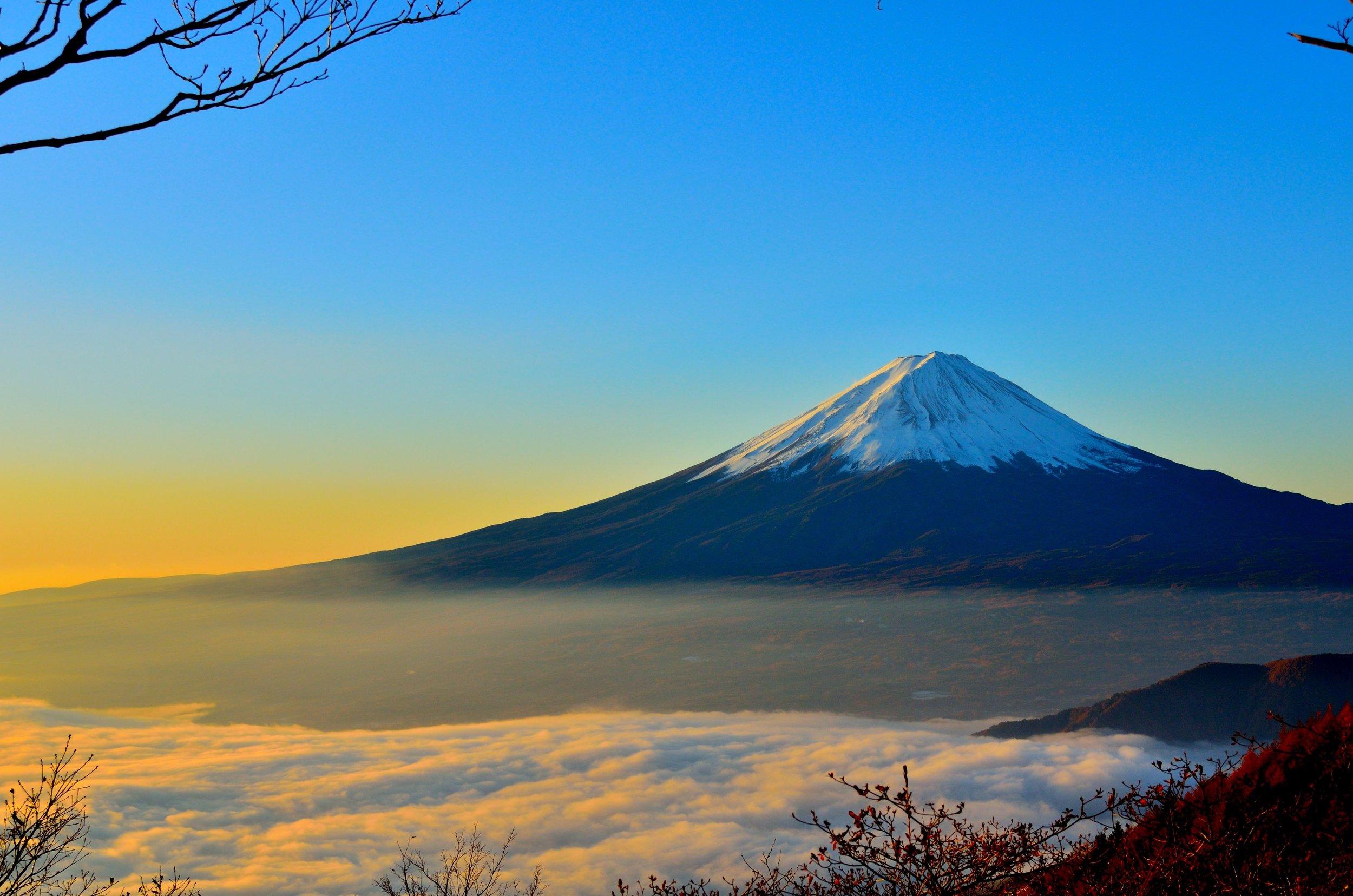 clouds-dawn-desktop-backgrounds-46253.jpg