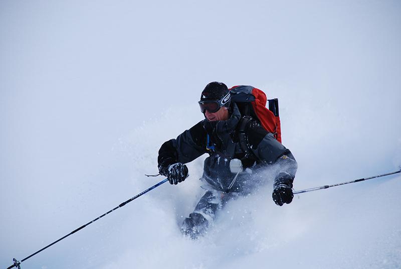 mark skiing.jpg