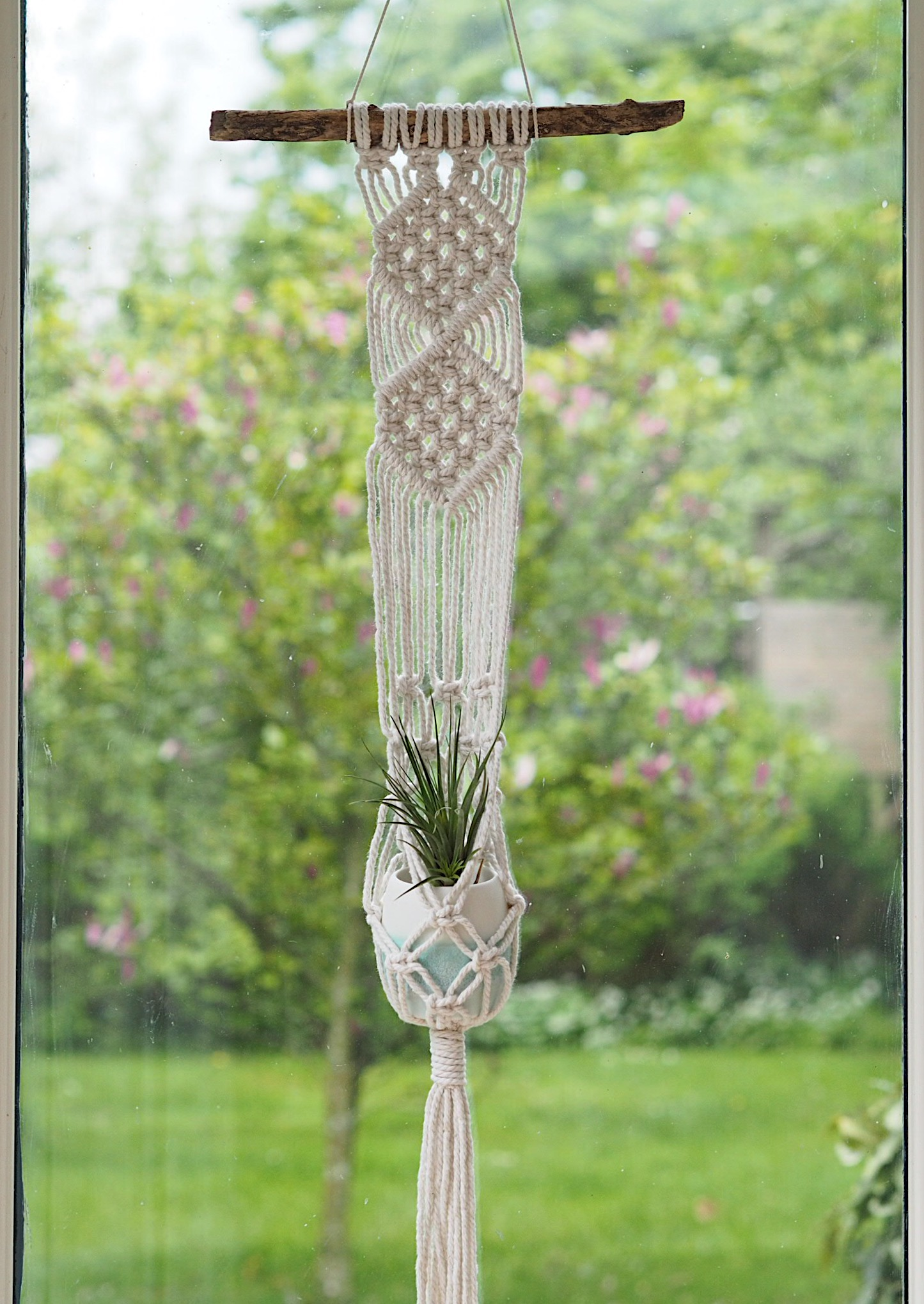 A beautiful macrame plant hanger from Isabella Strambio and a turquoise ombre sea-inspired porcelain plant pot are the prize for this month's #createinsummer hashtag challenge