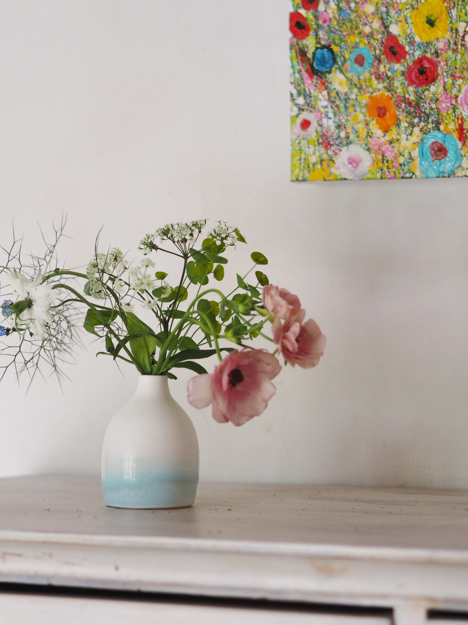 There were so many beautiful corners - here is one of my budvases, alongside Yvonne's work which I took along for some photography practice. #potsontour