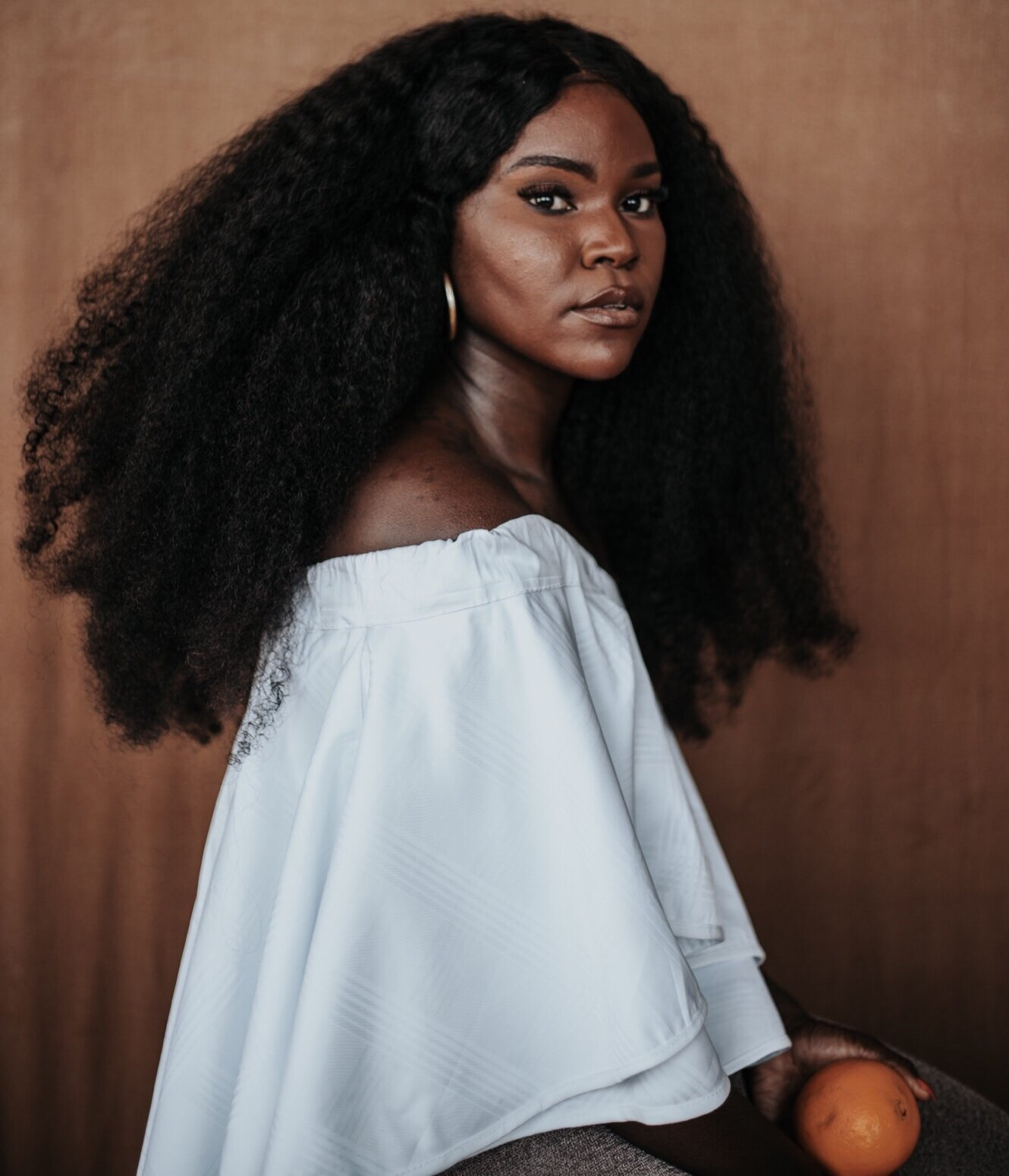 BESIDA BY SOPHIA DANNER-OKOTIE - Designer Sophia Danner-Okotie launched Besida as a salute to her Nigerian heritage coupled with modern designs she envisions. Her eco-friendly workshops are based in Nigeria and provide opportunities for local tailors looking to develop their craft.