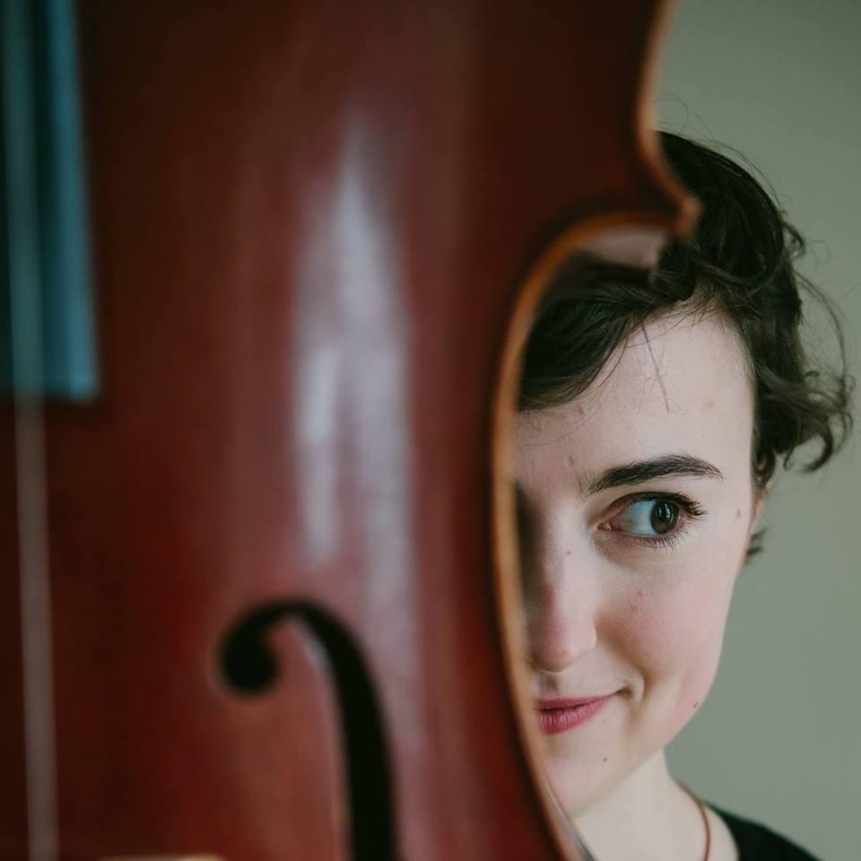 Bela Strings Cellist