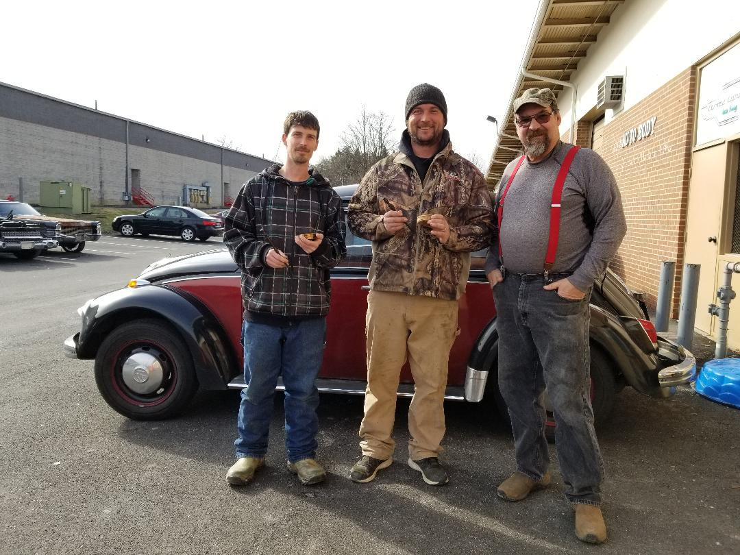 Bowteck 37 and a friend stopped by to pick up some calls for the season