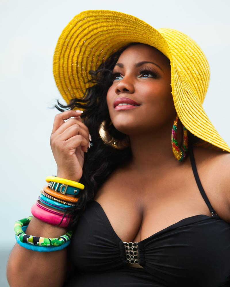 professional-lifestyle-headshot-of-black-female-model-in-jacksonville-florida.jpg