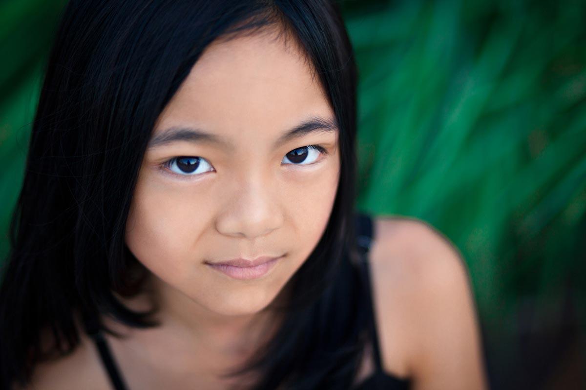 professional-headshot-outdoors-of-asian-female-child-model-in-jacksonville-florida.jpg