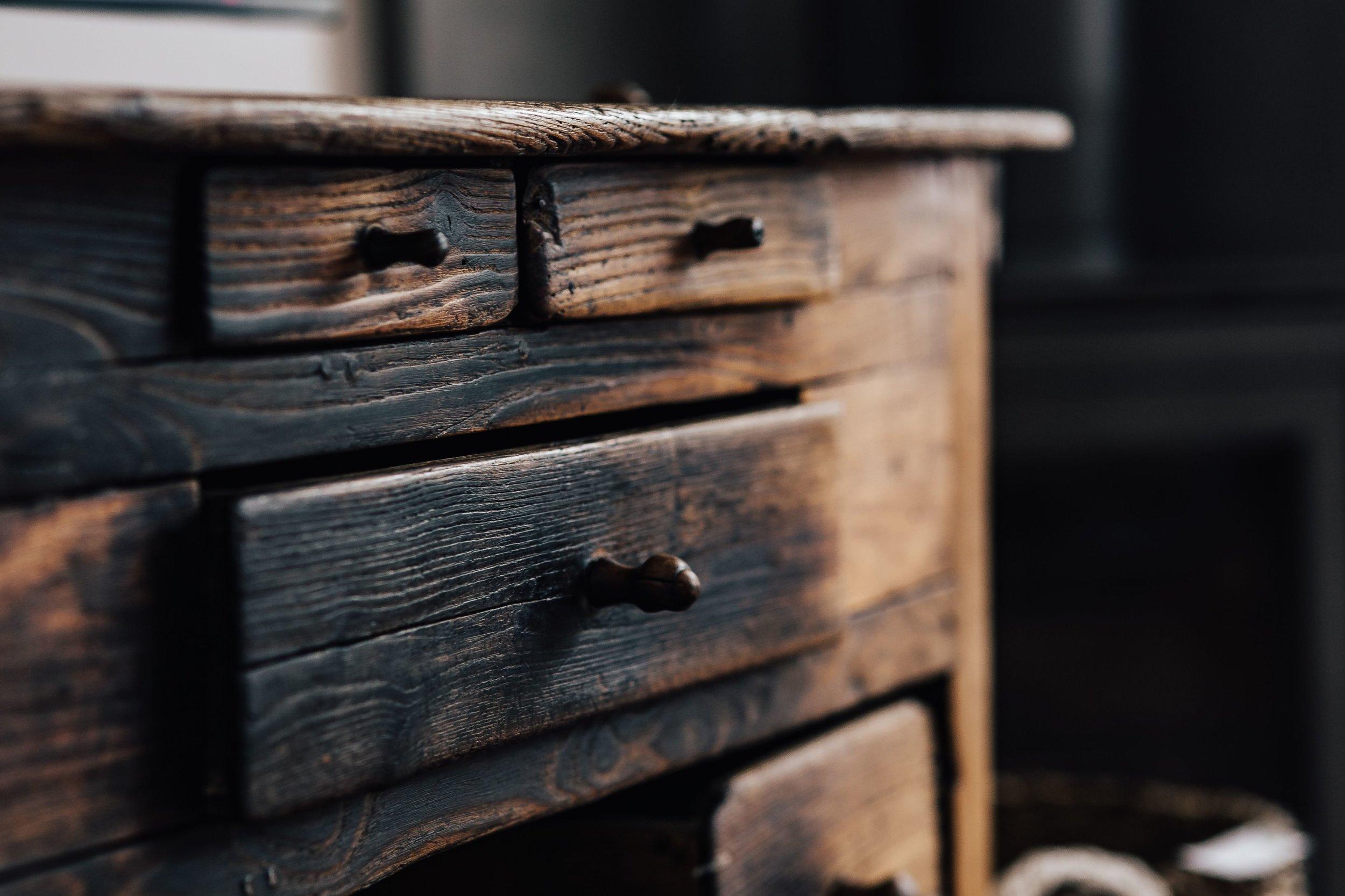 kaboompics_Vintage furniture, drawers.jpg