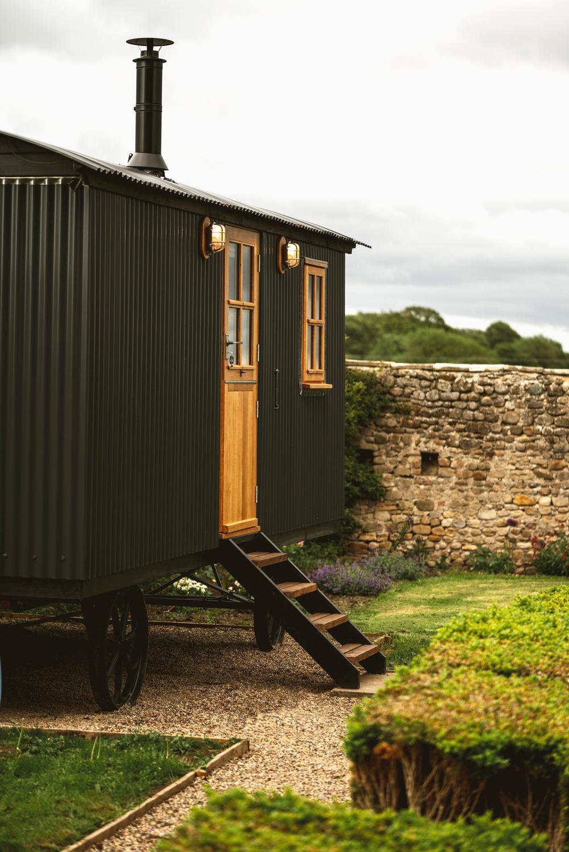 Garden hut - side.jpg