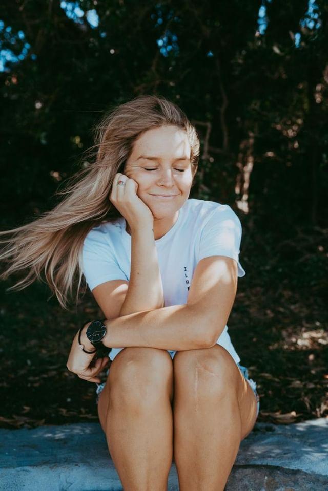 Anna-Willcox-Bio-Image_8.jpg