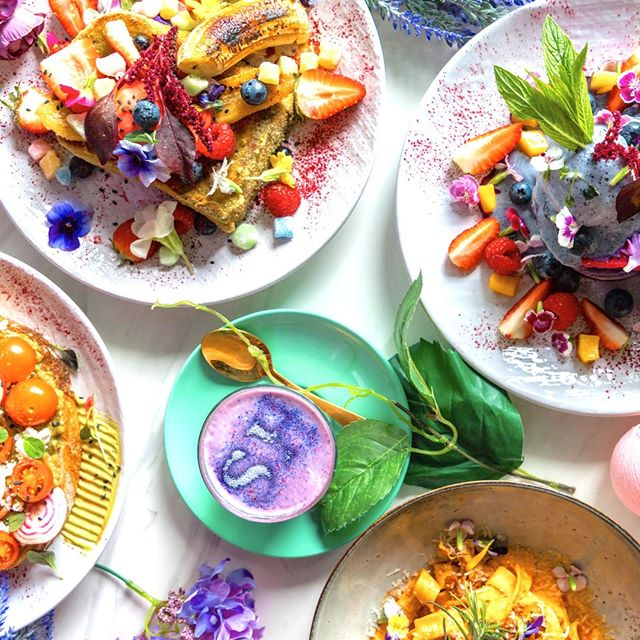 How pretty is this lunch spread? 😍 Your weekend can look like this too so come in and brunch with us! Tag your brunch crew below and start planning your SH brunch date 👇 . . . #socialhideout #breakfastporn #breakfastfordinner #breakfastfood #nomnom #yum #yummy  #sydney #sydneyeats #instagram #australia #lovefood #food #sydneyfoodie #snapsydney #foodporn #foodblogger #foodpornshare #foodpornography