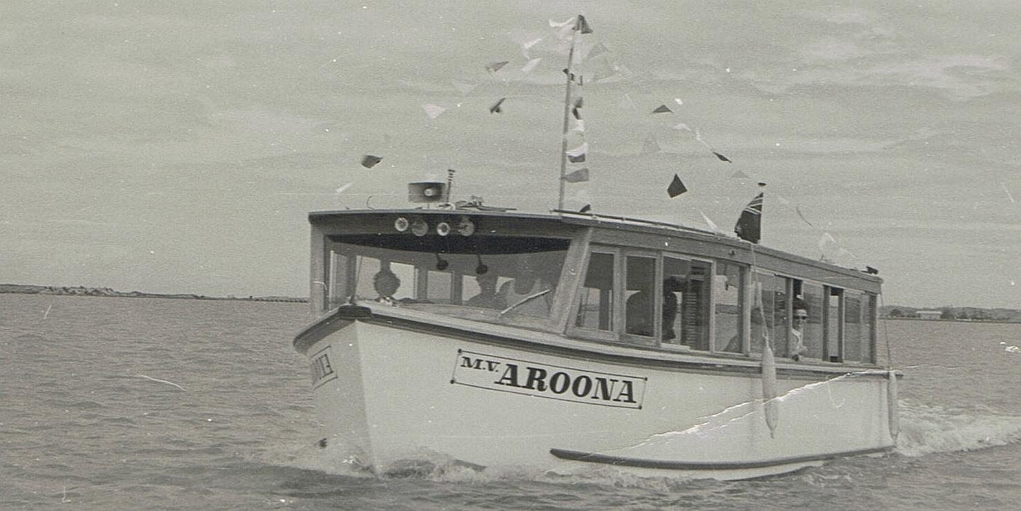 MV Aroona cruising to the Murray Mouth