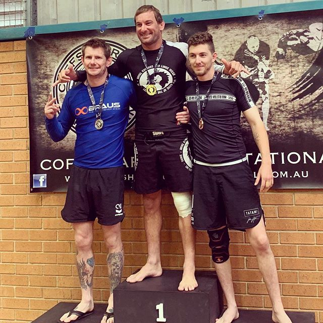 Congratulations @the_real_hugdog on your results from this weekends Coffs Harbor Invitational. Gold in absolute nogi Intermediate and Silver in -85kg nogi Advanced division.  Awesome job brother 🤙🏽 @teamperosh #brazilianjiujitsu #submissiongrappling #nogi
