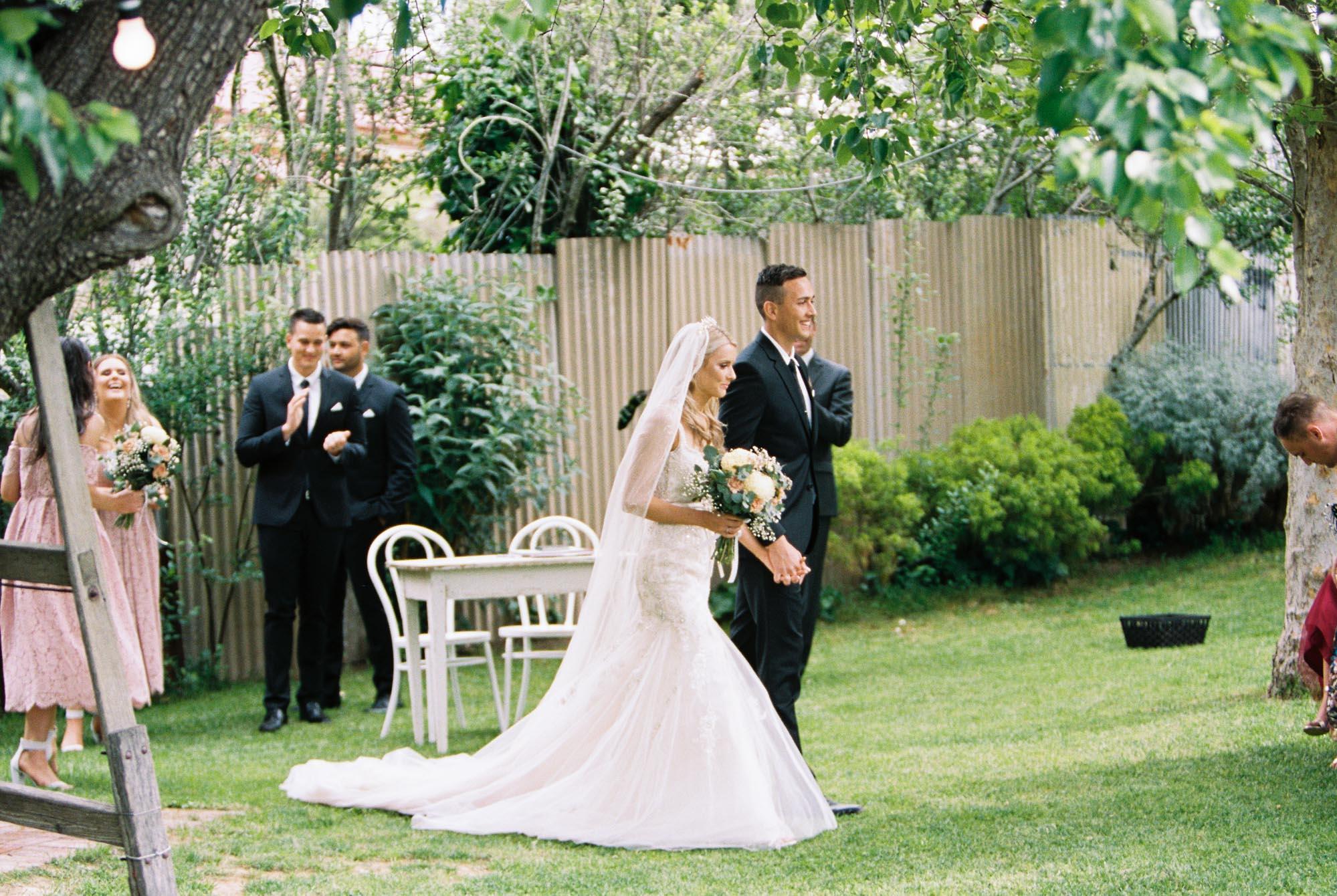 Whitehouse-hahndorf-wedding-photography-055.jpg