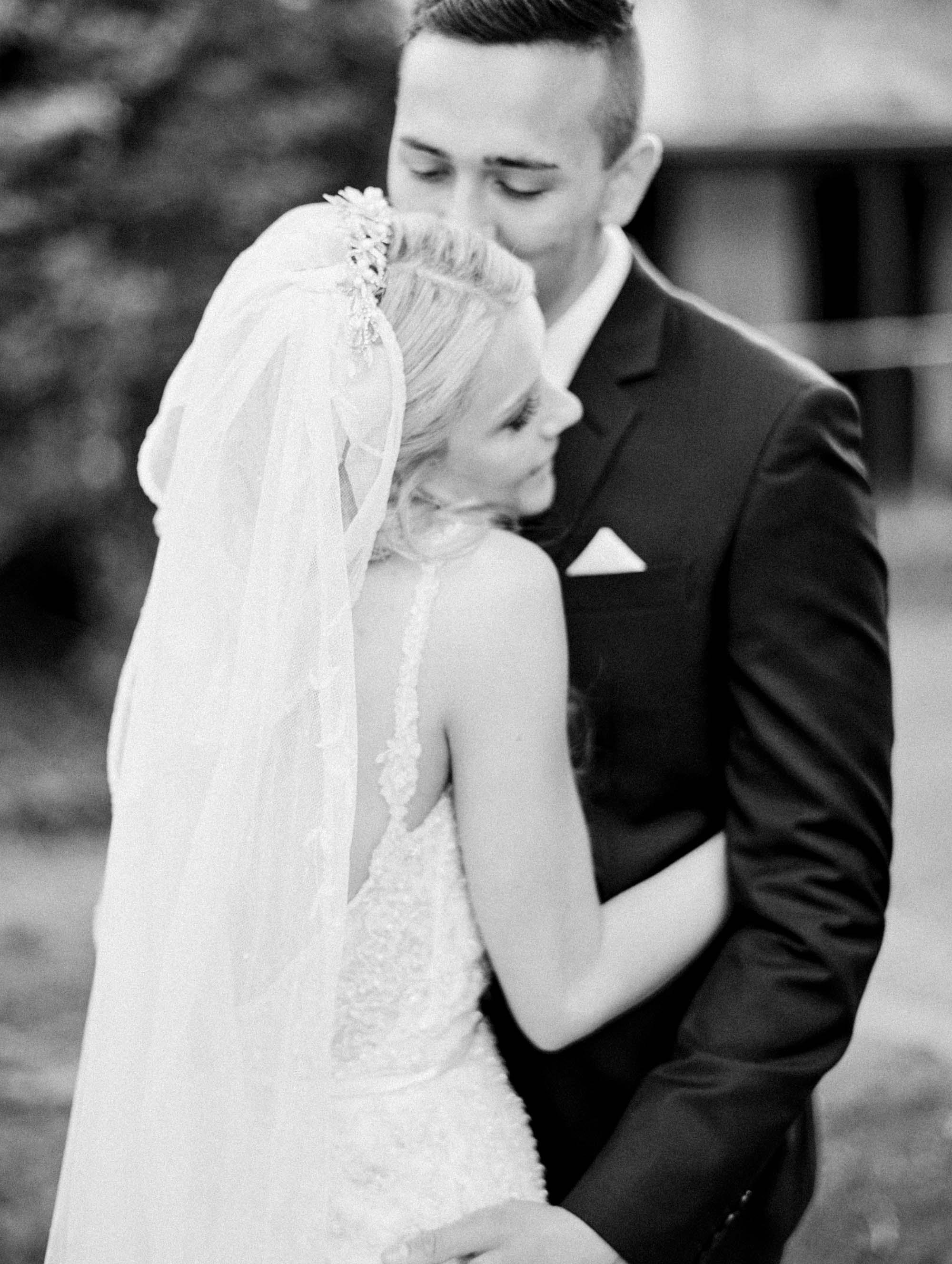 Whitehouse-hahndorf-wedding-photography-083.jpg