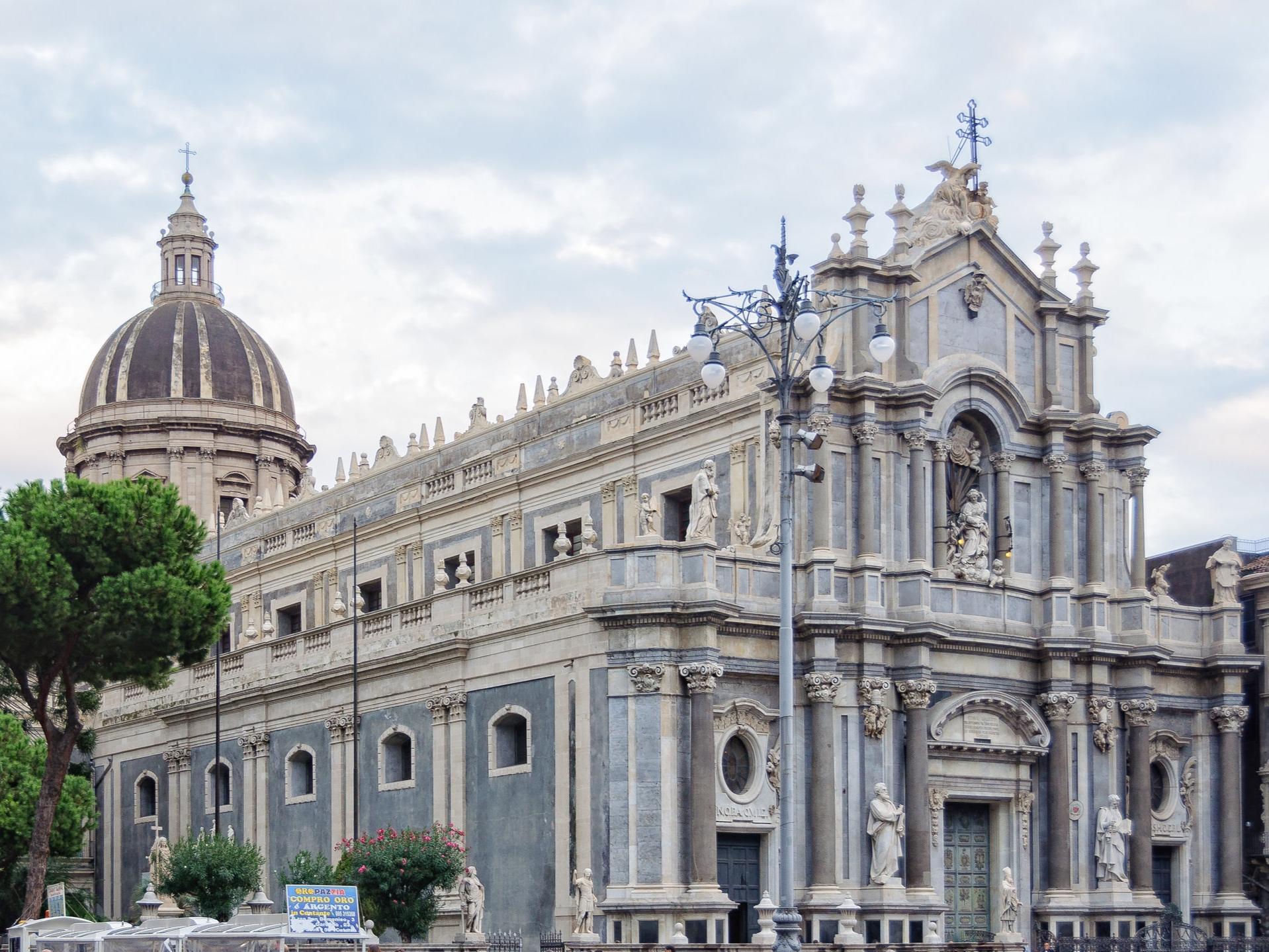 AutoElite_Sicily_Catania2.jpg