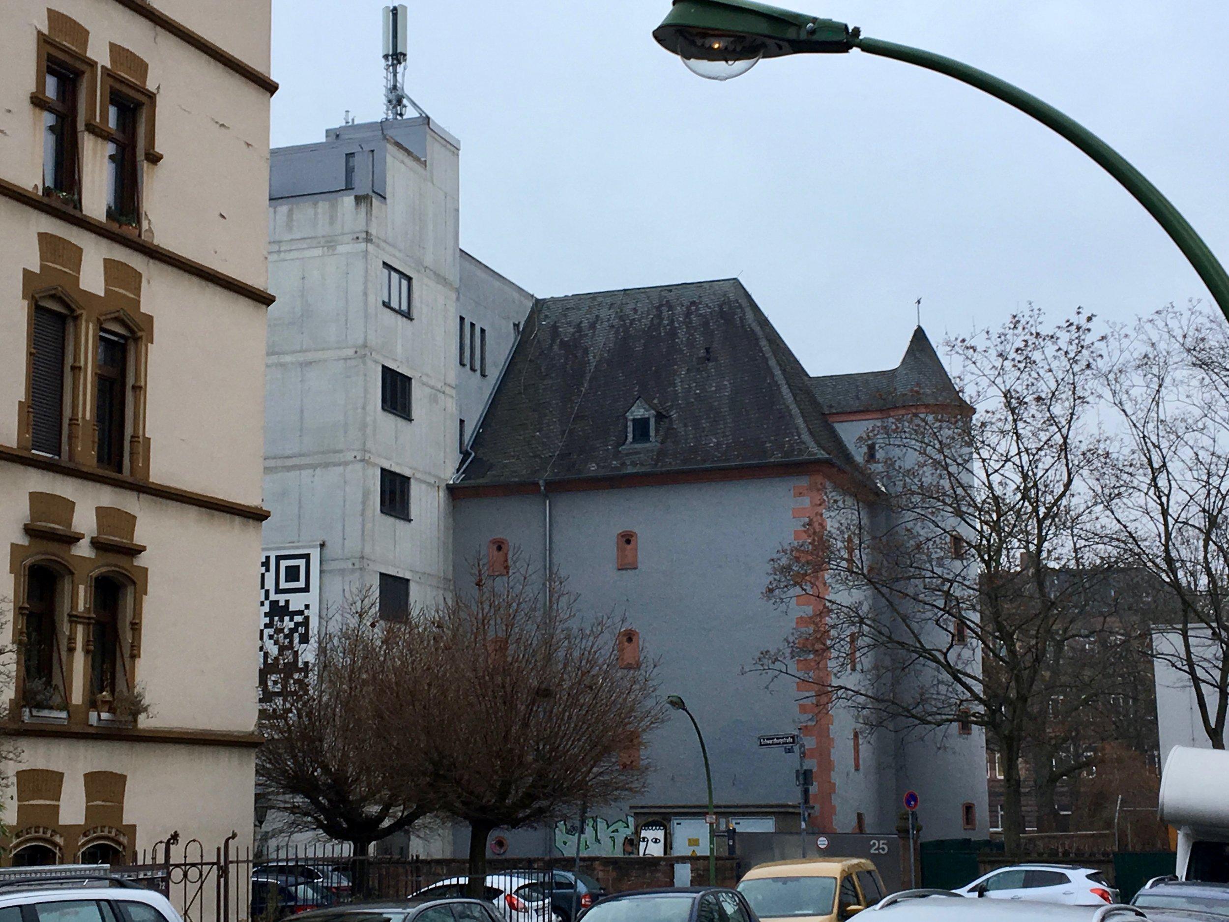Glauburgbunker, 25.01.2019, Blick von Lenaustraße