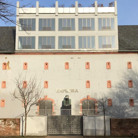 Außenansicht des Glauburgbunkers (ehemaliges Explora-Museum), 04.02.2019