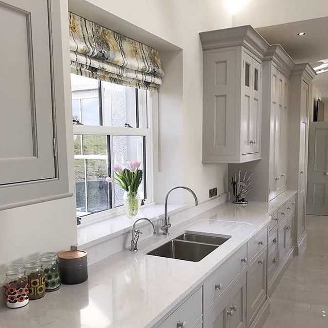 This Hamptons styled kitchen featuring Silestone Lagoon is charming in all the right ways.
