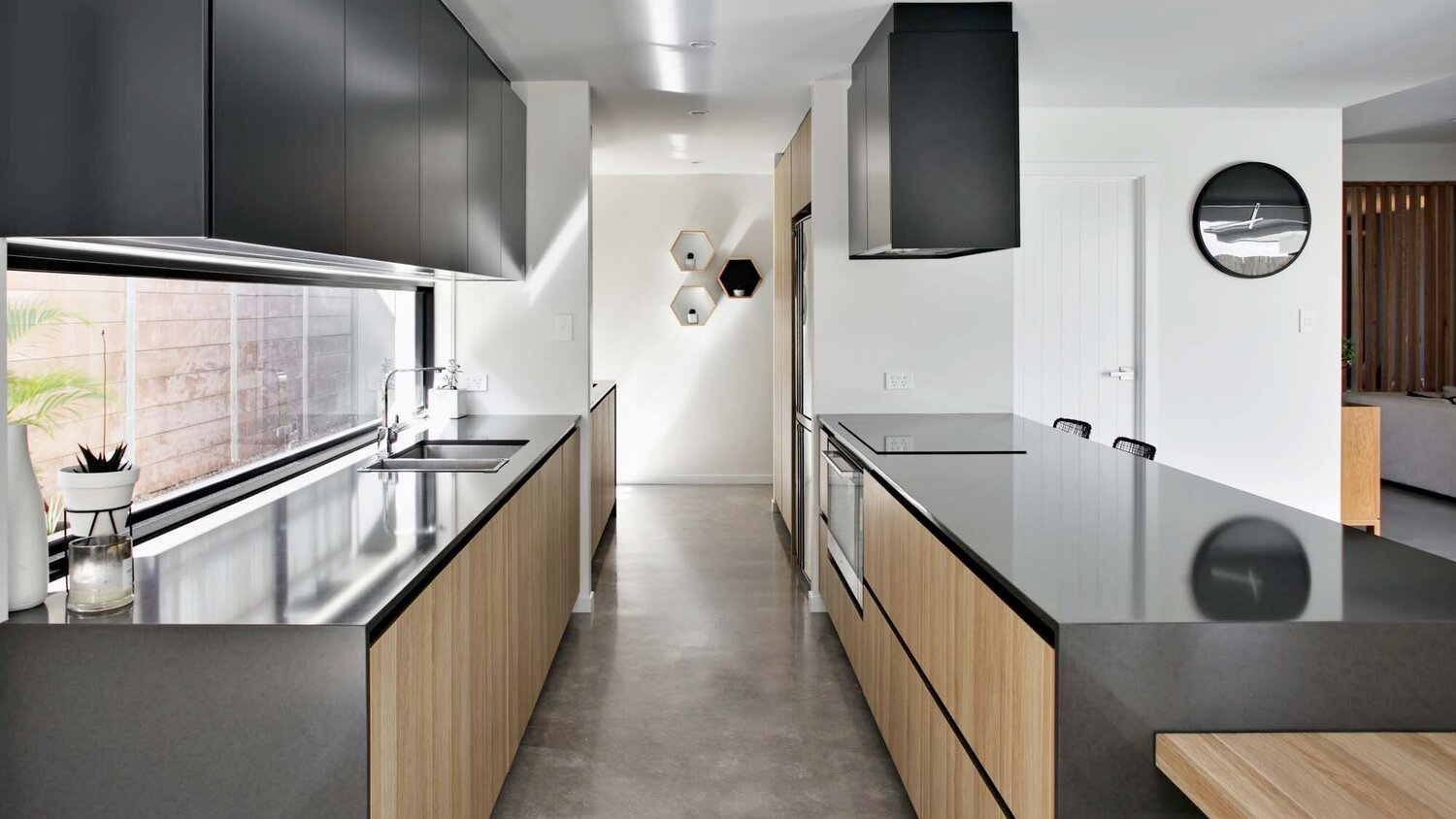 Premium Construction - Laminex - Australian made 16mm High Moisture Resistant Particle board made in WA, our cabinets also include soft closing hardware as standard.You are guaranteed a product that out performs others in the market.Be confident that your kitchen will be able to last the test of time under the day to day use of a busy family.