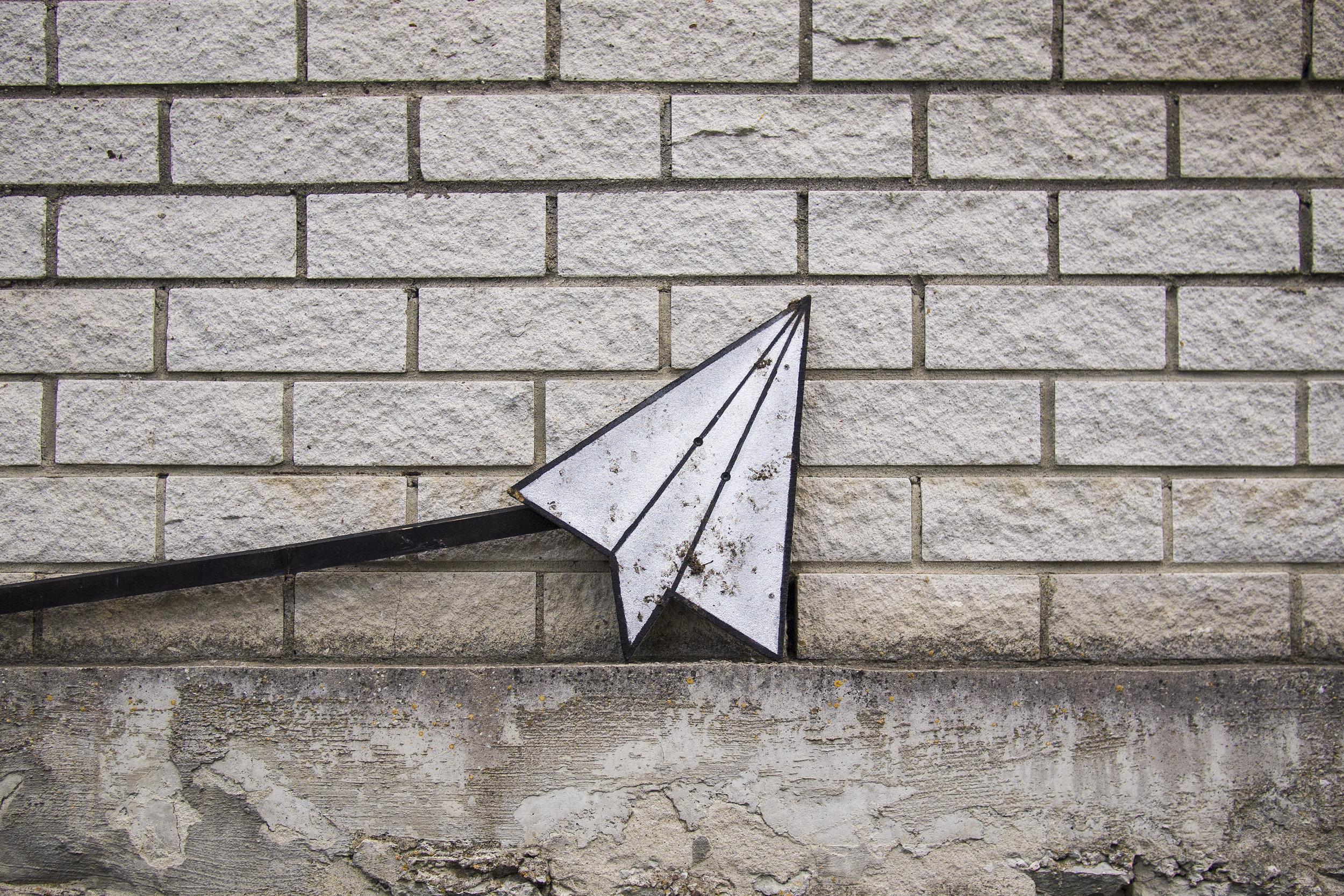 paper_aeroplane.jpg