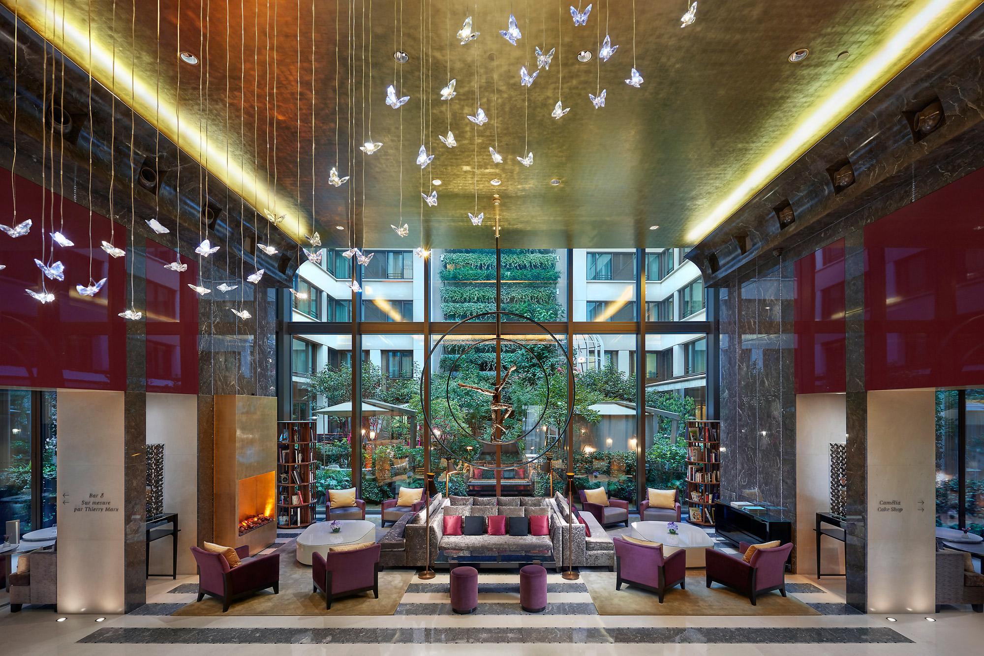 Hotel-Mandarin-Oriental-Paris-Lobby.jpg