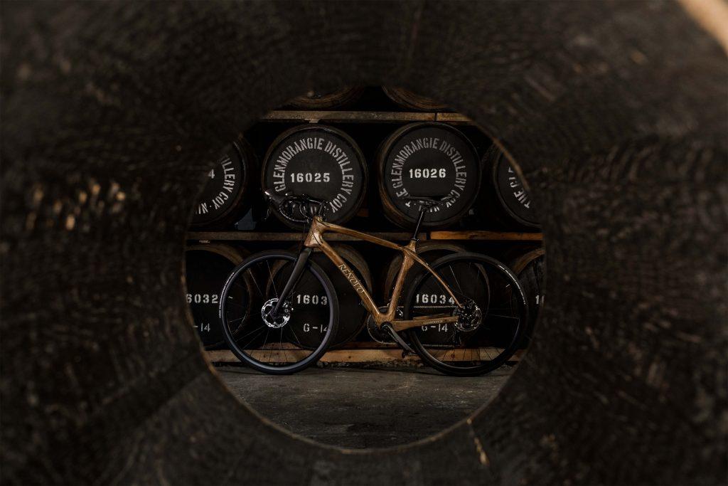 Glenmorangie-bicicleta-madera_-detalle-barricas_2_b-1024x683.jpg